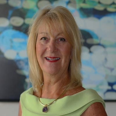 Find out more about Laurie Pawli